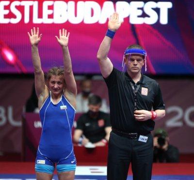 Дамите ни нямат спирка! Селишка и Николова донесоха два златни медала за България