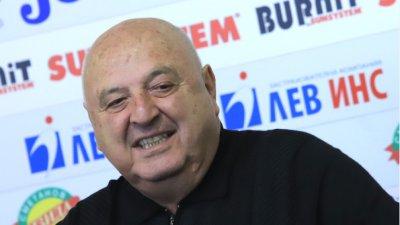 Венцеслав Стефанов: Вратарят, Сисиньо и Шивача не знам какво правят в националния отбор