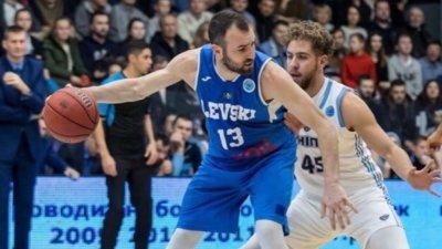 Левски разгроми Черно море във Варна за край на редовния сезон