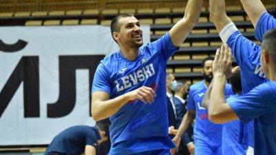 Левски Лукойл спечели и втората среща с Балкан
