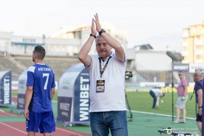 Петко Петков остава начело на Етър