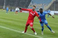 Динамо (Загреб) иска Робърта, от Левски се дърпат