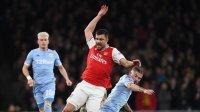 Ливърпул в контакт с освободен от Арсенал защитник
