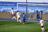 Арсенал спря Лестър към второто място след знаменит обрат