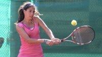 Шиникова и Топалова отпаднаха на турнира по тенис в Дубай