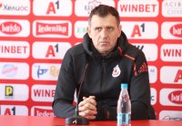 Акрапович иска резултатно нападение от ЦСКА в мача с Етър