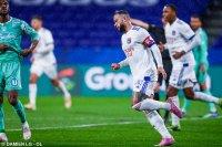 Класика срещу Анже остави Лион в играта за титлата