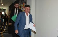 ФИФА и УЕФА поискаха обяснение от БФС за оттеглената оставка на Михайлов