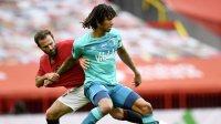 Юнайтед влезе поне временно в топ 4 след успех над Борнемут